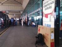Am Flughafen in Istanbul